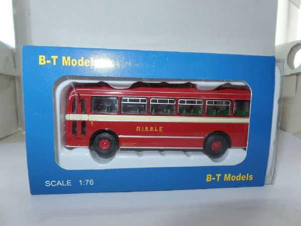 B T Models B205A Bristol MW Bus Coach Ribble Tilling Red 334 Carlisle